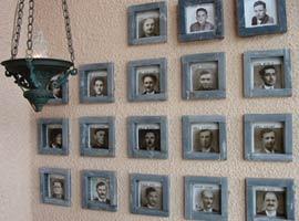 Gedenken am Friedhof in Cumiana