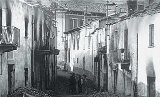 Straßenzug in Cumiana 1944